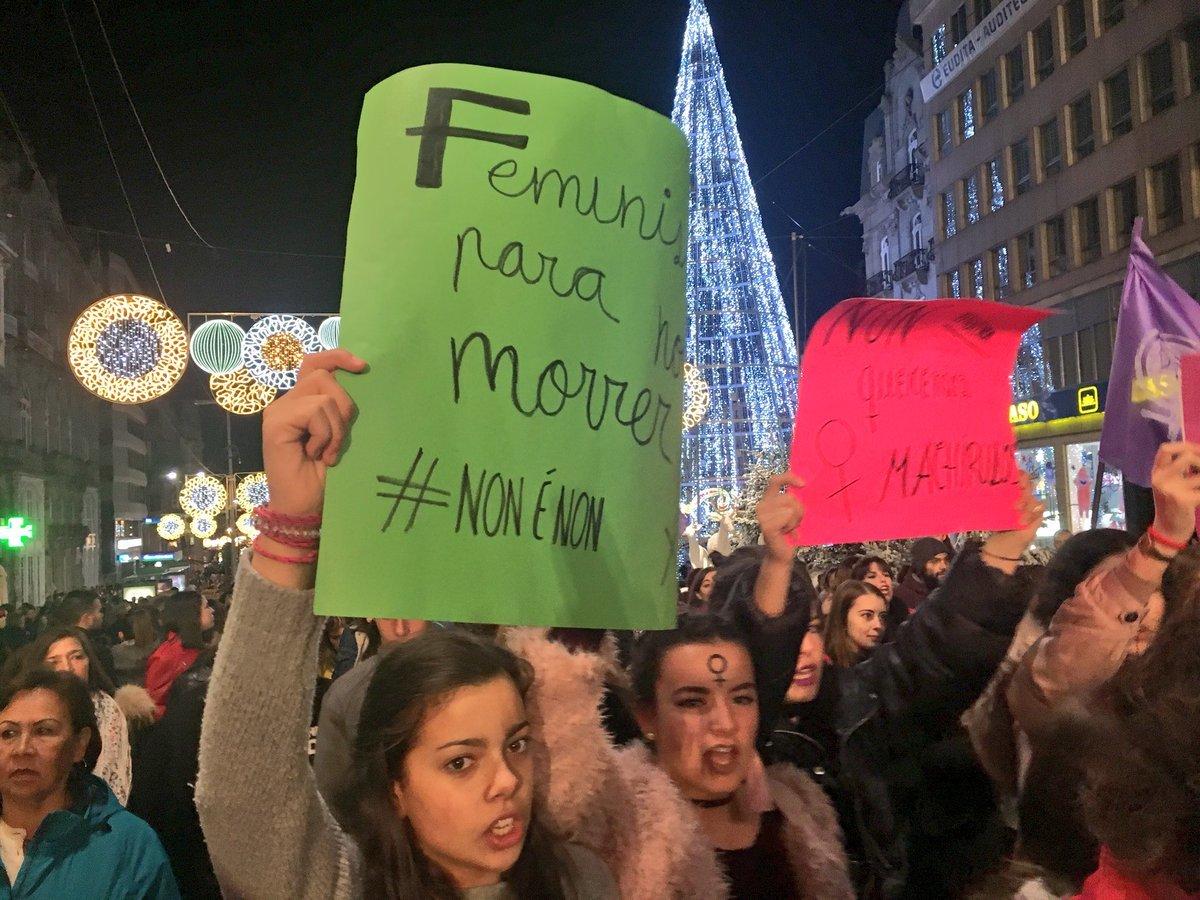 Reivindicacións na manifestación de Vigo