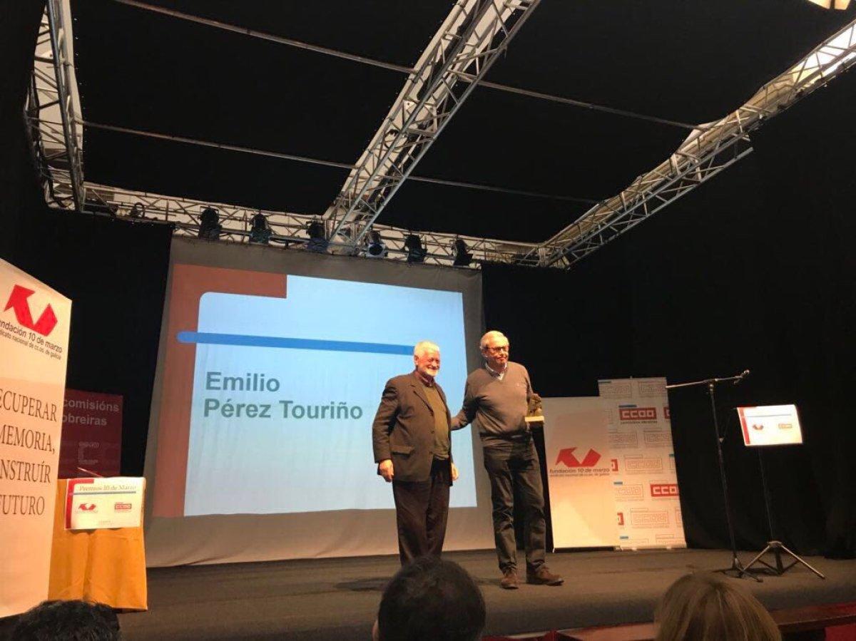 Entrega do premio 10 de Marzo a Emilio Pérez Touriño