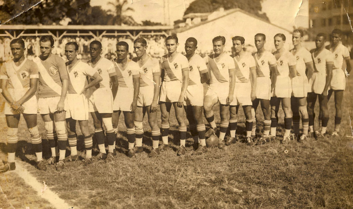 Unha formación do Galícia nos anos 30, ao pouco da súa fundación