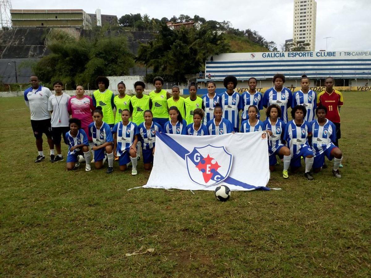 Equipo feminino do Galícia de Bahia