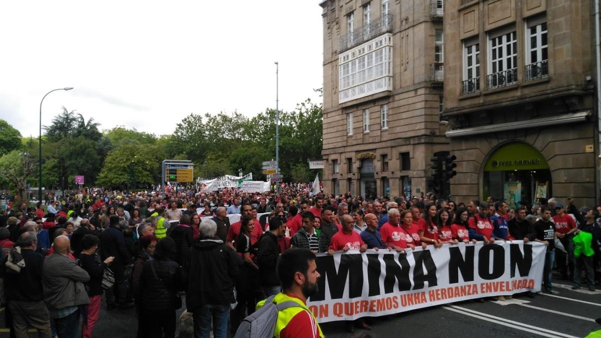 Multitude no comezo da marcha