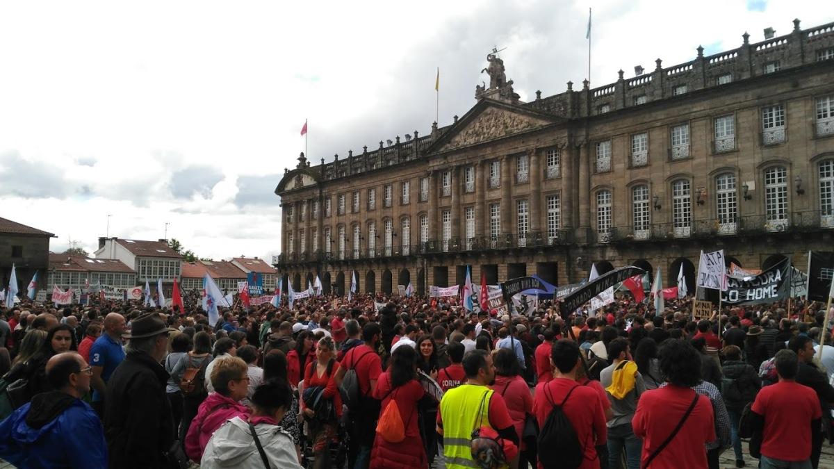 Vista do Obradoiro no remate da protesta