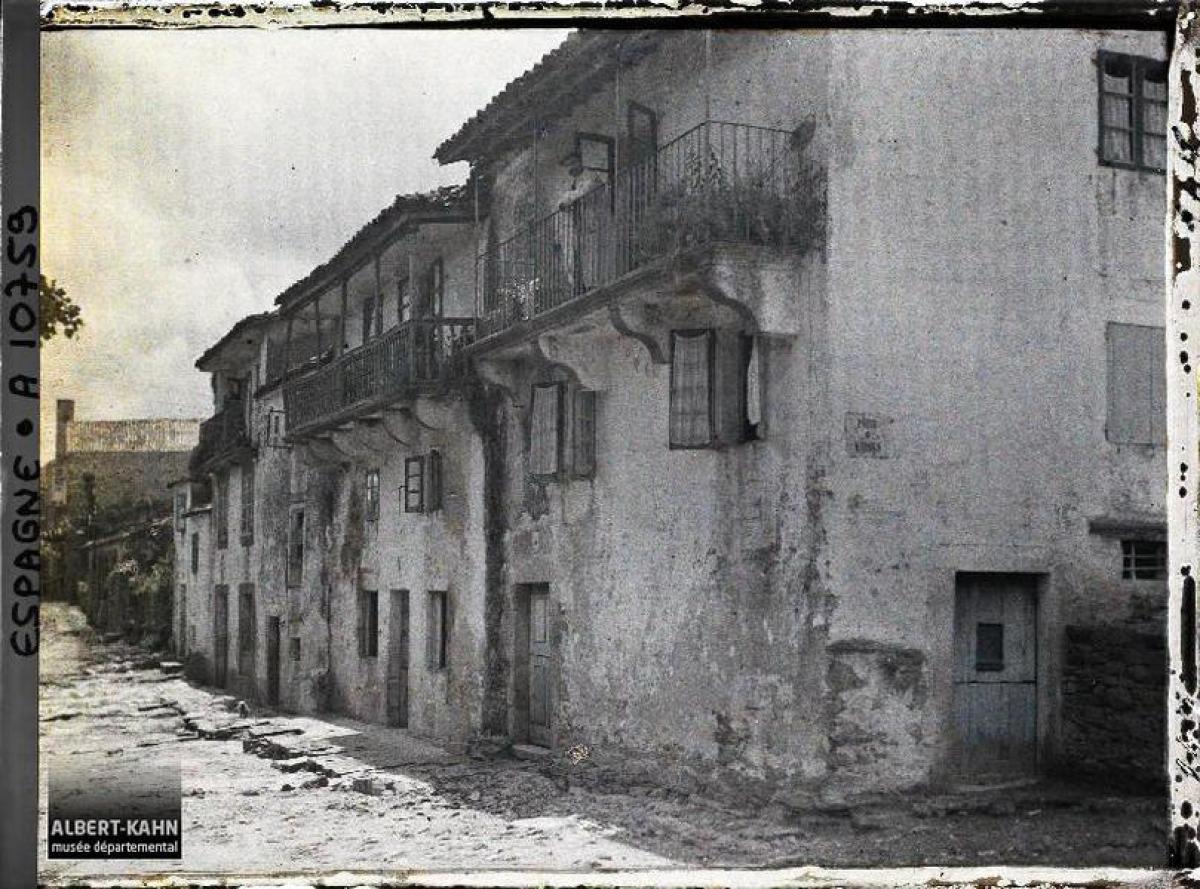 Patio de Madres e Costa de Sar, Santiago de Compostela (1917)