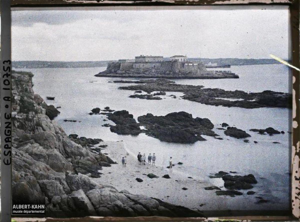 Castelo de San Antón, A Coruña (1917)